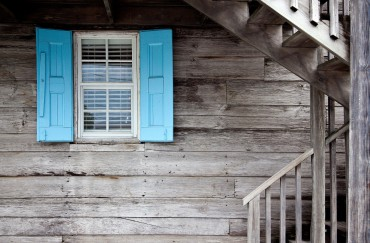 Entretenir une maison en bois : tous les conseils et astuces